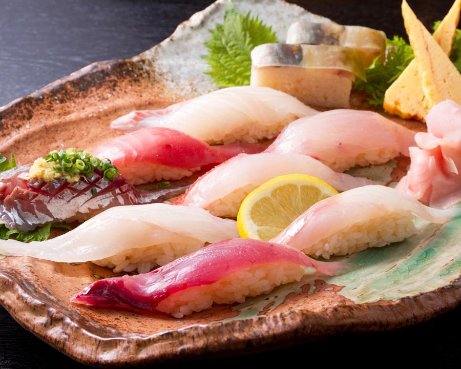 地魚にぎり (3)