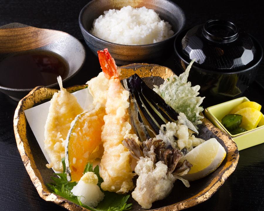 天ぷら定食 (10)